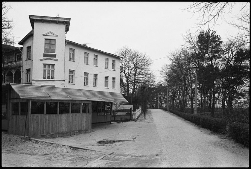 Binz-Villa-Stranddistel-1988